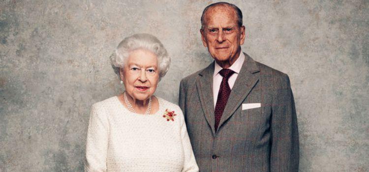 Королева Елизавета с мужем отмечают 70-летие со дня свадьбы