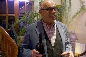 """""""Аэрофлот"""" будет поить пассажиров вином от Михалкова"""