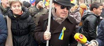 """Пугачева и Ярмольник призывают прекратить """"травлю"""" Макаревича"""