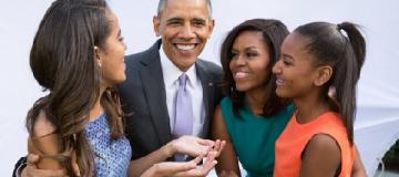 Мишель Обама призналась, что для зачатия обоих детей прибегла к ЭКО