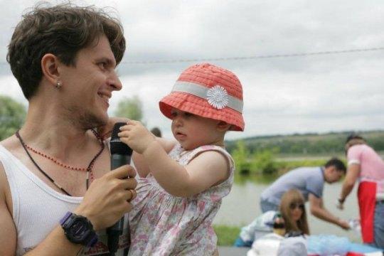 Анатолий Анатольич с дочкой Алисой
