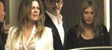 Дженнифер Энистон сходила на свидание с Томом Хэнксом
