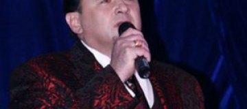 """Оперный певец Гришко больше не хочет носить """"гей-одежду"""""""