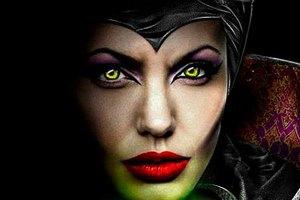 Джоли превратилась в ведьму