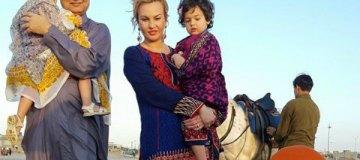 Камалия свозила детей на родину Захура