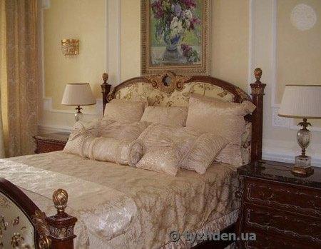 Одна из спален в резиденции Медведчука