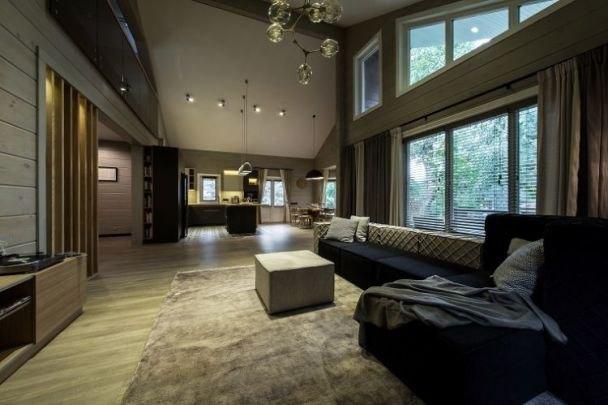 Елена называет стиль интерьера нового жилища скандинавским