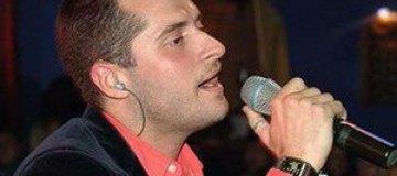 Певец Иракли отменил гастроли из-за болезни сына