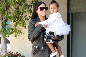 Ким Кардашьян арендовала Диснейленд на день рождения дочери