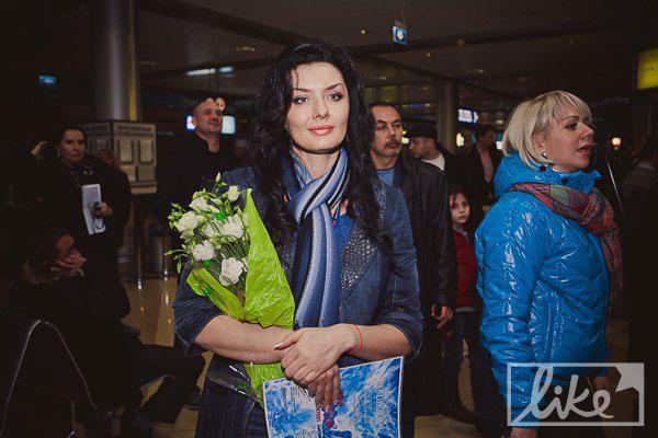 Дизайнер Диана Дорожкина автор концертного платья Насти