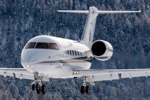 Траволта купил самолет за $25 млн
