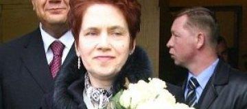 Людмила Янукович сходила на свадьбу крестника
