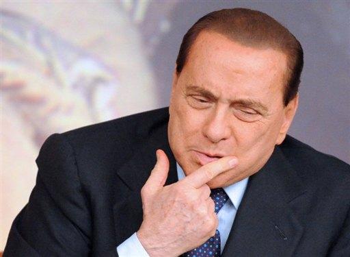 Сильвио Берлускони питает слабость к женщинам легкого поведения