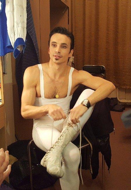 Александр Стоянов готовится к партии Ромео