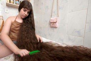 12-летняя бразильянка продаст полутораметровую косу
