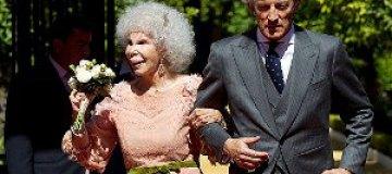 85-летняя герцогиня Альба со скандалом вышла замуж