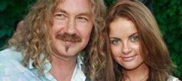 Молодая жена Николаева подала на развод, - СМИ