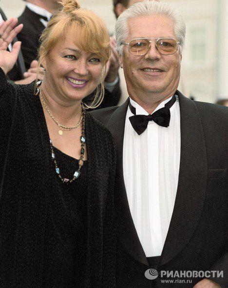 Евгений Жариков с супругой Натальей Гвоздиковой