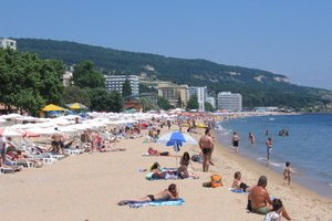 В Болгарии украинская туристка укусила полицейского