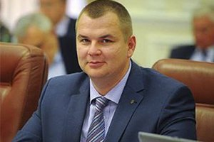 Экс-министр Булатов получил повестку и пошел служить в армию