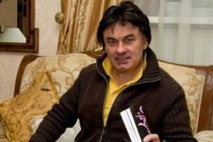 Александр Серов попал в больницу