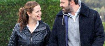 Дженнифер Гарнер официально подала на развод с Аффлеком