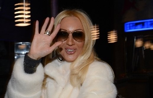 Лера Кудрявцева похвасталась обручальным кольцом