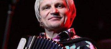 Олег Скрипка сбежал от жены