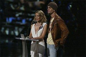 Кайли Миноуг записала совместный сингл с Энрике Иглесиасом