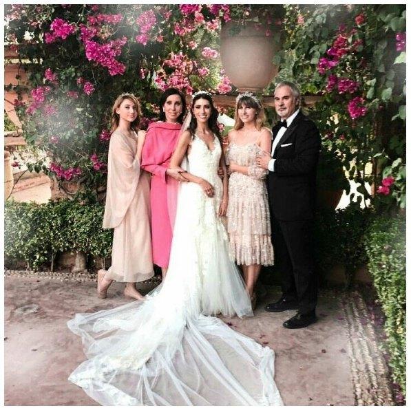 Валерий Меладзе с бывшей женой и тремя дочками