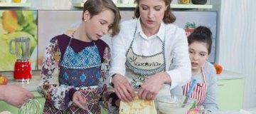 Марина Порошенко рассказала рецепт президентских блинов