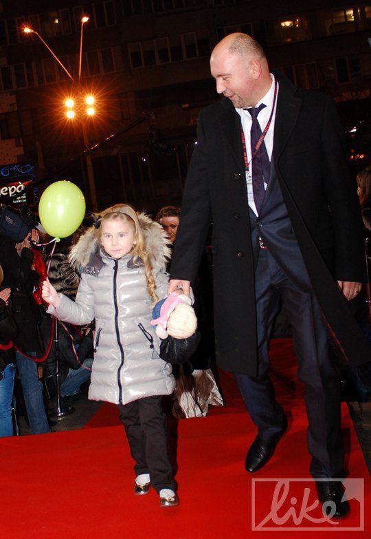 Александр Богуцкий с дочкой Устиной