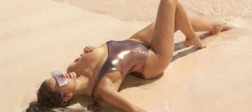 Модель Victoria's Secret забросала Instagram своими горячими фото
