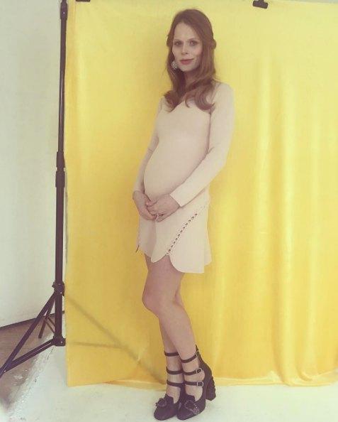 Ольга Фреймут впервые показала себя беременной