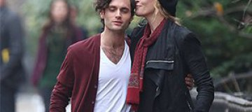 Уму Турман застали с молодым актером на романтичной прогулке