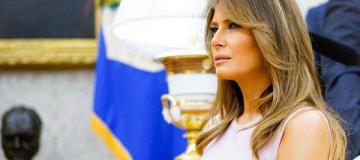 "Мелания Трамп на ""лабутенах"" посадила дерево"