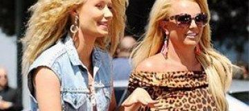 Бритни Спирс презентовала летний хит с Игги Азалией