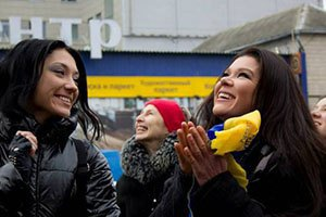 В новогоднюю ночь украинцы споют гимн на Евромайдане для книги Гиннеса