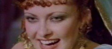 """Звезду эротического фильма """"Калигула"""" нашли мертвой на пляже"""