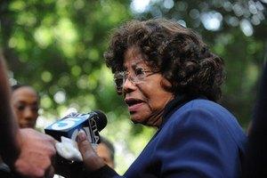 Семья Джексона потребовала $40 млрд за несостоявшиеся концерты