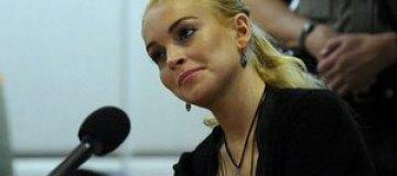"""Лохан симулировала пневмонию, чтобы не сниматься в """"Очень страшном кино"""""""