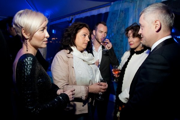 Глава Госкино Украины Екатерина Копылова (по центру)