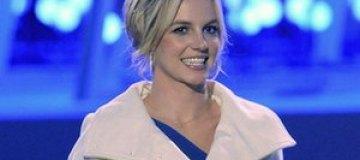 Бритни Спирс в Киеве оторвала ручку у Cadillac