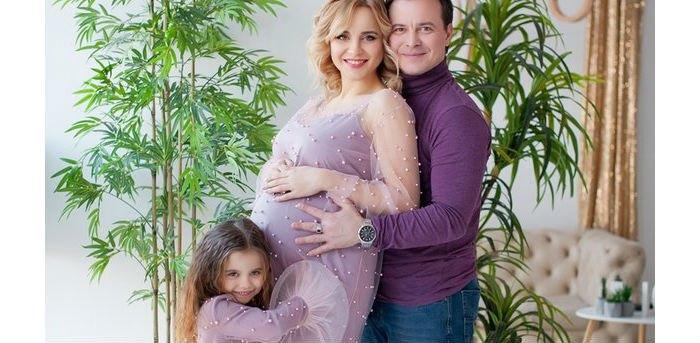 Лилия Ребрик с супругом Андреем Диким и дочерью Дианой