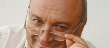 Жванецкий отменил концерты из-за сломанной руки