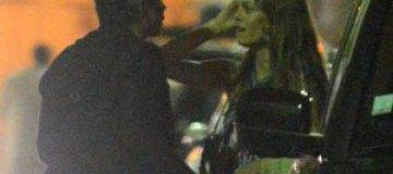 Ванесса Паради целуется с новым бойфрендом