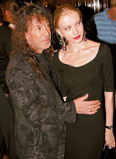 Кузьмин с теперь уже бывшей женой Катей Трофимовой