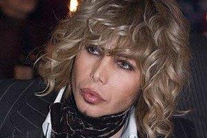 Сергея Зверева поздравляют с 8-м марта