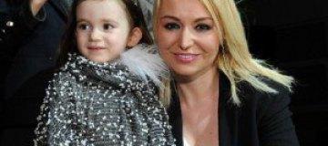 Катя Лель вывела маленькую дочь на подиум
