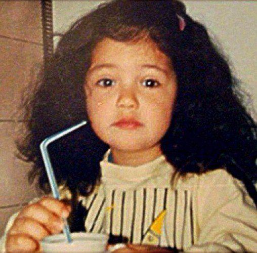 Санта Димопулос жалеет, что сейчас у нее нет таких кудряшек, как в детстве